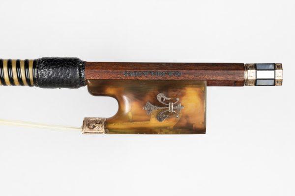Violinbogen Hill & Sons London Frosch